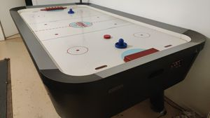 Air hockey table for Sale in Selma, CA