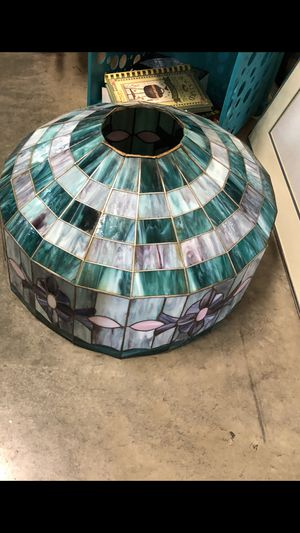 Tiffany Style Lamp Shade for Sale in Ledbetter, KY