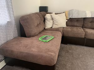 Full size Sectional for Sale in Meriden, CT