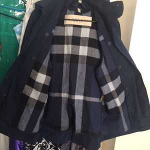 Men's Burberry coat for Sale in Baltimore, MD