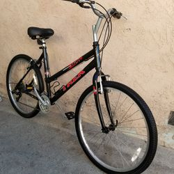 """Trek Hybrid Bike 26"""" Perfect Condition for Sale in Commerce,  CA"""