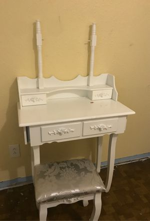 Makeup vanity for Sale in Seattle, WA