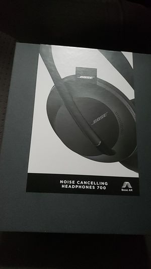 Nc700 new bose headphones for Sale in Seattle, WA