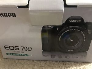 Canon 70D with lenses and filters in excellent condition for Sale in Atlanta, GA