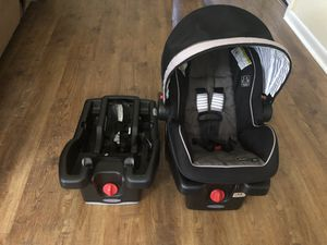 Graco Snugride Car Seat w/ 2 bases for Sale in Rogers, AR