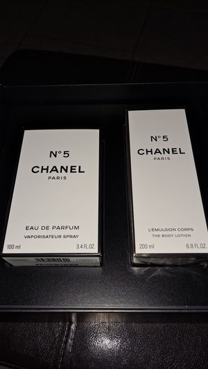 CHANEL N5 2PCS PERFUME for Sale in Montclair, CA