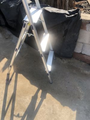 Small step ladder $30 for Sale in San Diego, CA
