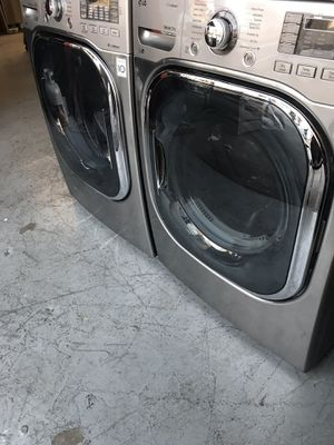 LG STAINLESS STEEL WASHER AND DRYER SET for Sale in La Habra, CA