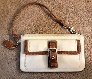 Vintage Coach Wristlet Wallet Purse for Sale in Salem, OR