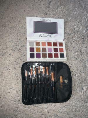 Makeup palette and brush set $ 30 for Sale in Denver, CO