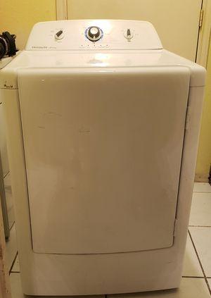 Secadora electrica, en muy buenas condiciones, la puede probar for Sale in Humble, TX