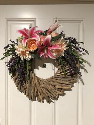 Driftwood flower wreath for Sale in San Diego, CA