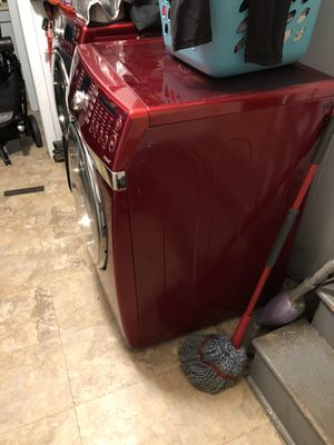 Washer and electric dryer for Sale in Shamong, NJ