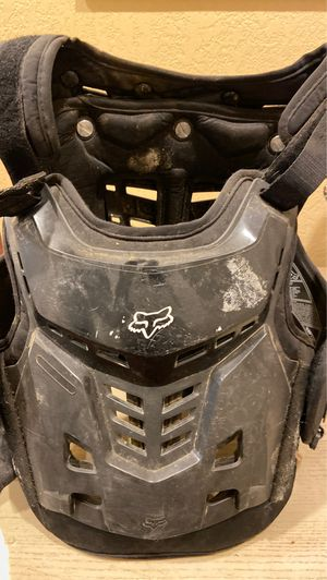 Fox youth chest protector for Sale in Riverside, CA