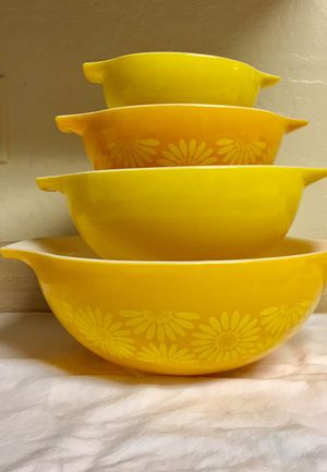 Pyrex Sunflower Daisy Mixing Bowls for Sale in San Francisco, CA
