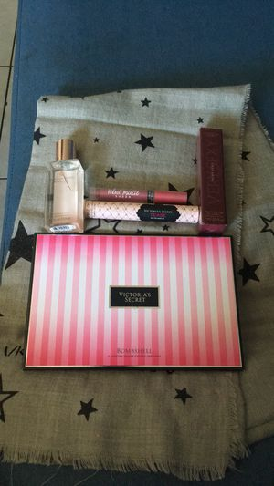 Victoria Secret bundle for Sale in Colton, CA