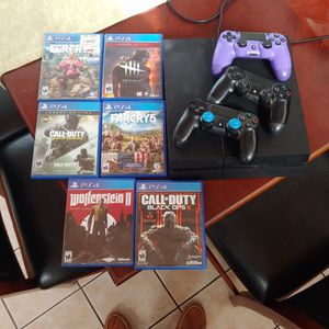PS4 BUNDLE 6 GAMES 3 CONTROLLERS for Sale in San Diego, CA