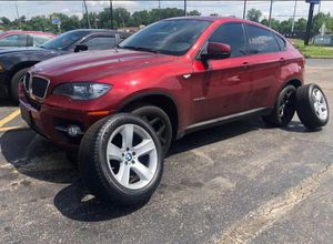 Michelin size 255/50/R19 it's 4 rims and 4 tires look like brand new Great condition fit for BMW X6,X4 from 2004-2013 used look super condition with for Sale in Columbus, OH