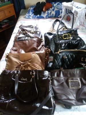 got 8 new purses some of my didn't even use just spent probably about $400 on them for Sale in Middletown, OH