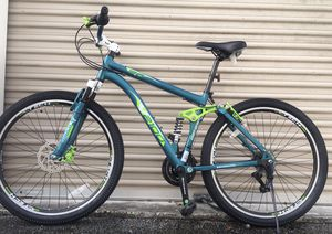 ALUMINUM MOUNTAIN BIKE SHIMANO/ 21 SPEEDS / DUAL SUSPENSION TECHNOLOGY/ DUAL DISC BRAKES/ SIZE 27 inches for Sale in North Miami Beach, FL