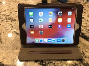 iPad 2 mini 16gb with case for Sale in York, PA