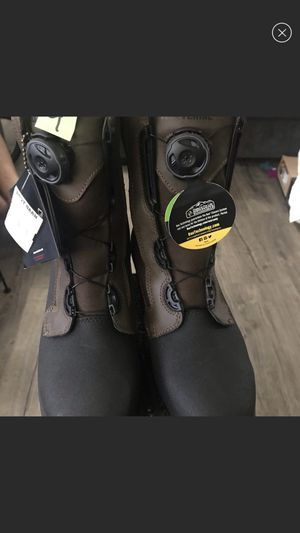 Wolverine work boots size 9 for Sale in Bakersfield, CA
