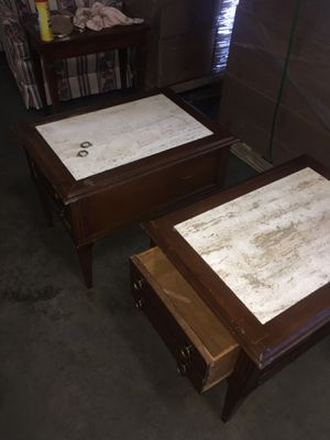 Antique end table/with marble top for Sale in Spartanburg, SC