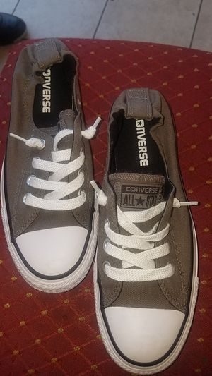 Converse all star size 6 1/2 for Sale in San Jose, CA