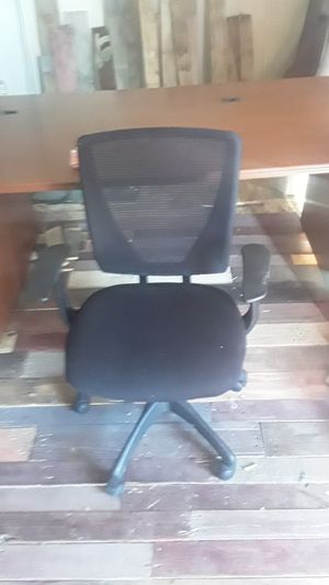 Rolling adjustable office chair for Sale in Eagle, ID
