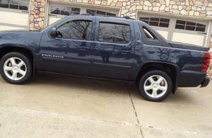 Cars & trucks$1500 GreatTruck 07 Chevry Avalanche Sport 4WDWheels for Sale in Tuscaloosa, AL