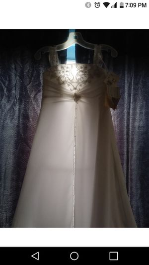 David's Bridal brand new never worn with tags for Sale in Chula Vista, CA