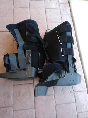Medical walking boots (S & M) for Sale in Bonita, CA
