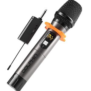 Brand new UHF microphone with rechargeable reciever. Very useful for outdoor events where there's not electricity. 160 feet range. Speaker for Sale in Miami, FL