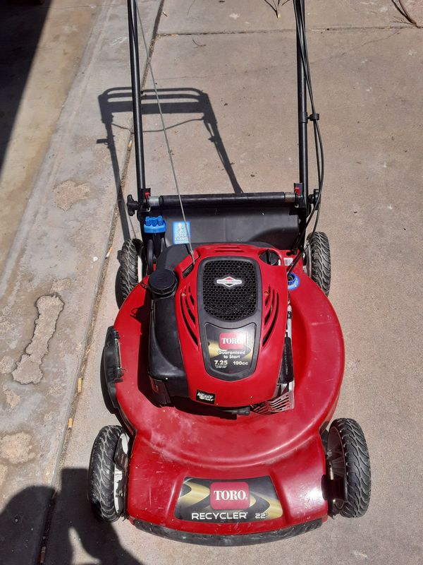 Toro Personal Pace self propelled Recycler 22 Inch 7.25 190cc push mower
