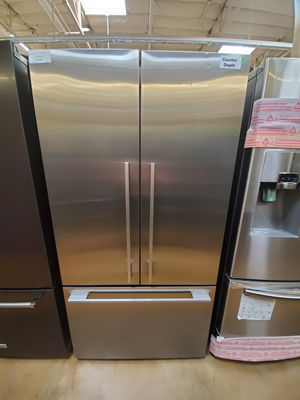 Fisher and Paykel French Door Refrigerator for Sale in Covina, CA