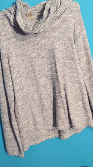 Large sweater for Sale in Lakeland, FL