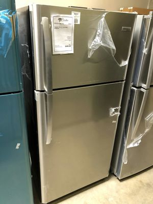 NEW Stainless Steel Frigidaire 18 CuFt Top Mount Refrigerator 1 Year Manufacturer Warranty Included for Sale in Gilbert, AZ