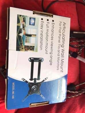 32 inch tv wall mount for Sale in Grand Rapids, MI