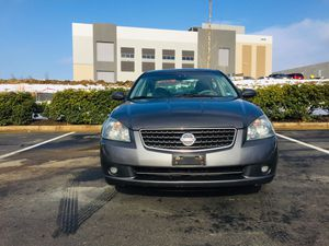 2006 Nissan Altima 4 cyl 2.5 L has 116xxx miles runs very smooth very clean in and out cold AC has cd fm am all power window doors locks New inspect for Sale in Sterling, VA