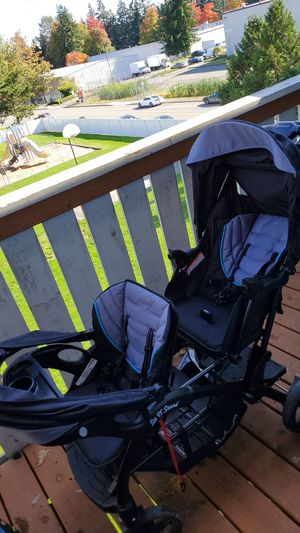 Sit & stand stroller for Sale in Everett, WA