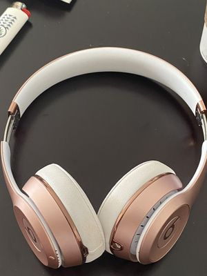 Beats by Dre Solo 3 Wireless for Sale in Los Angeles, CA