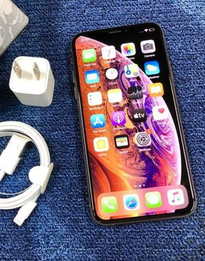 iPhone X 64gb unlocked for Sale in Los Angeles, CA