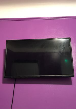 Smart Tv ( Roku, Vizio Tv) 32 inch for Sale in Detroit, MI