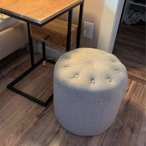 Small Ottoman/ Chair/ Decor Gray Cloth for Sale in Camas, WA