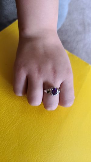 Stunning 14k white gold amethyst and diamond ring 2.50 GRS beautiful ring for Sale in Las Vegas, NV
