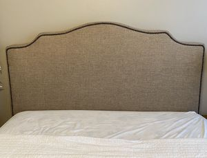 Queen size bed frame for Sale in Stafford, VA
