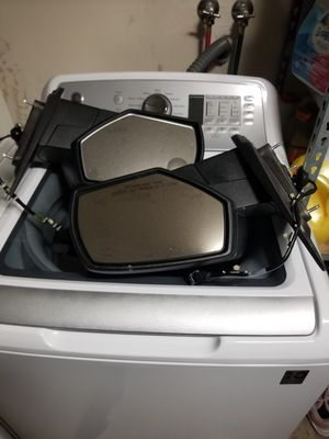 2014 Chevrolet Silverado side mirrors OEM for Sale in Bakersfield, CA