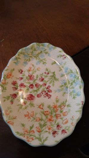 Longaberger Ceramic mothers day soap dish for Sale in Zephyrhills, FL