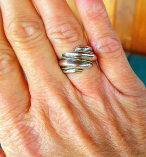 *Estate Jewelry* Tiffany & Co. Sterling silver with 14kt accents ring-size 7 - 7.5 for Sale in Huntington, TX