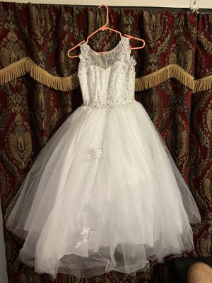 White puffed dress for Sale in Pasadena, TX
